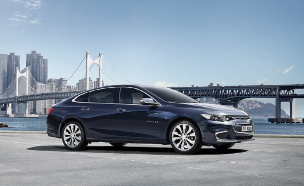 The Chevrolet Malibu from GM Korea Co., the South Korean unit of U.S. automaker General Motors Co., was given 65.1 points out of possible 67 in a crash test, and 18.5 points out of 25 in pedestrian safety, the ministry said in a press release. (GM Korea)
