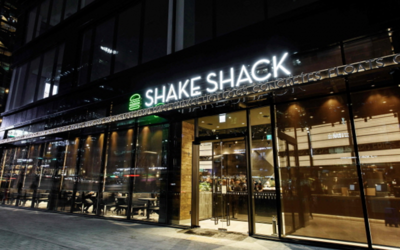 Shake Shack Opens Second Korean Outlet after Monumental Success