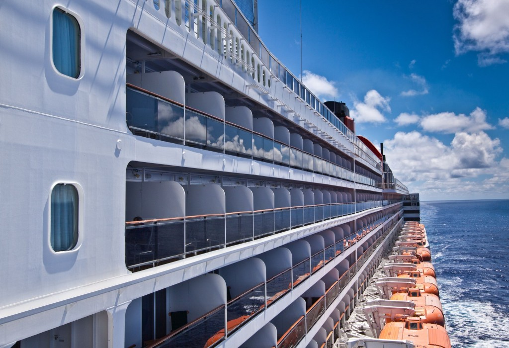 """Recently, some cruise ships departing from Tianjin have changed their stopover port from South Korea to Japan."" (image: KobizMedia/ Korea Bizwire)"
