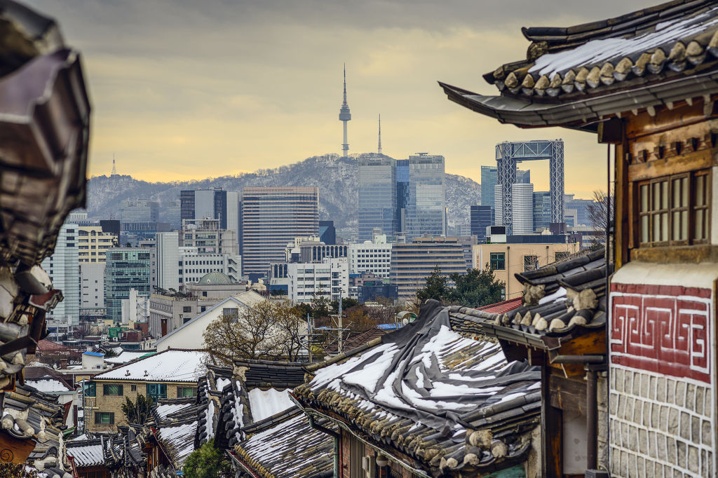 Since Wednesday, all package trips from China to South Korea have been banned at the behest of authorities, with Chinese cruises no longer making stopovers at local ports in popular tourist destinations. (image: KobizMedia/ Korea Bizwire)