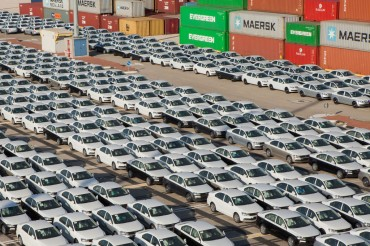 Auto Exports to U.S. Sink amid Trump Woes