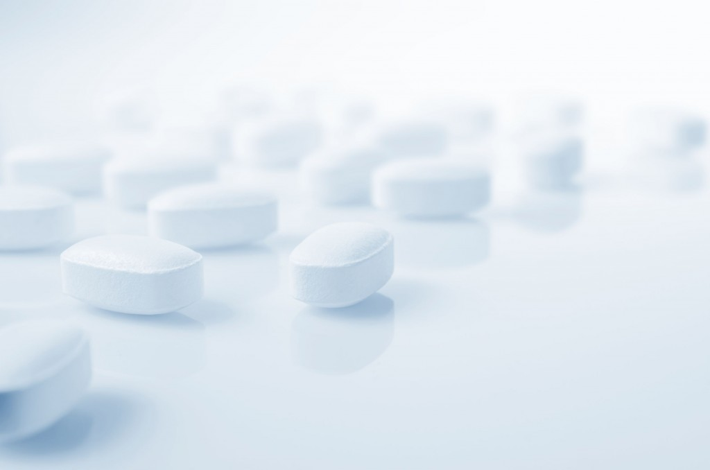 Overseas drug makers already best the local pharmaceutical industry in terms of sales revenue, and a lack of new drugs is now leaving experts questioning whether local companies are slacking off in their R&D efforts. (image: KobizMedia/ Korea Bizwire)