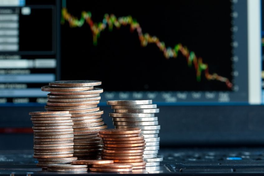"""Investors have recently paid attention to overseas investment funds after experiencing losses in traditional local funds amid a prolonged economic slump and low interest rates."" (image: KobizMedia/ Korea Bizwire)"