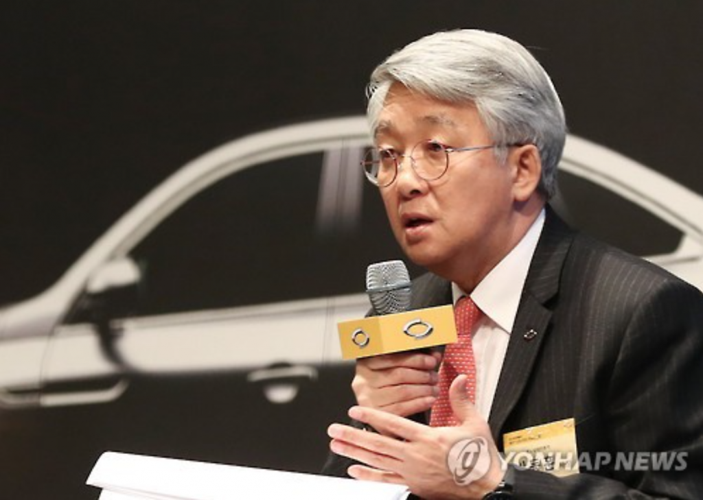 Renault Samsung Motors Co.'s chief executive Park Dong-hoon speaks during a press conference in Seoul on Jan. 18, 2017. (image: Yonhap)