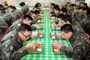 What Do 600,000 Enlisted South Korean Soldiers Eat?