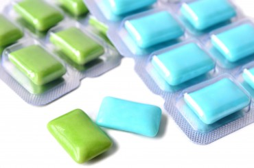 "Government Bans Xylitol Chewing Gum from Advertising ""Cavity Prevention"""