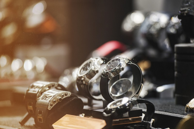 Luxury Watch Sales Grow Despite Economic Slump