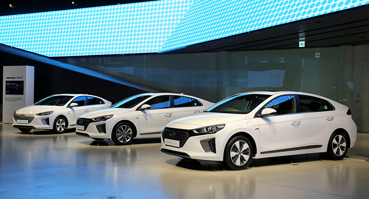 From left to right: Ioniq Hybrid, Ioniq EV and Ioniq PHEV.