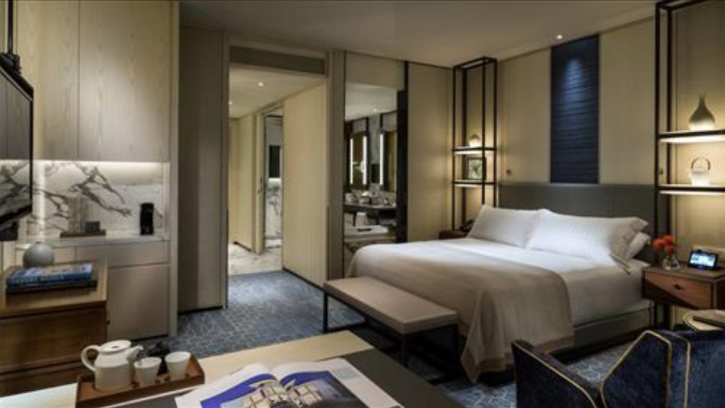 Such a wave of luxury hotel establishments in Seoul was sparked by the opening of the Four Seasons Hotel Seoul in October 2015, which drew attention as it was the first five-star international brand to be situated in the main business district of Gwanghwamun. (image: Yonhap)