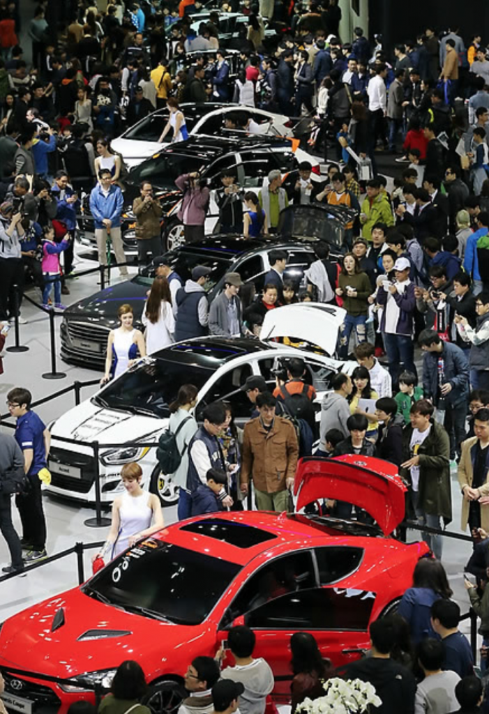 From Seoul Motor Show 2015. (image: Yonhap)