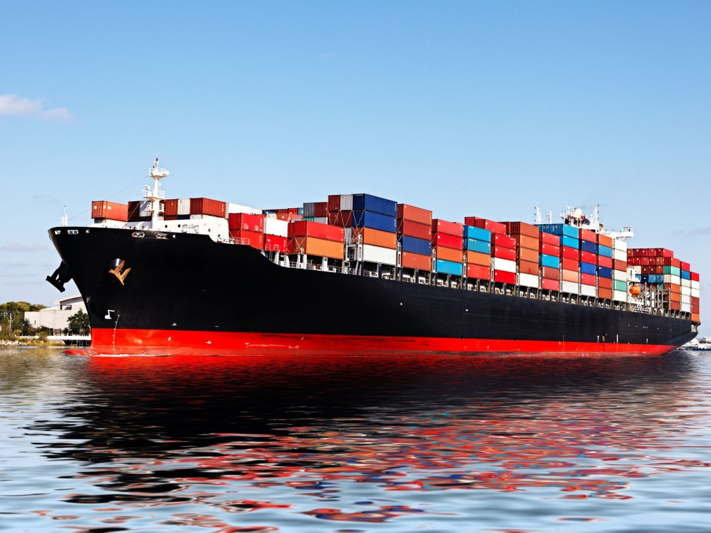 In a recent survey conducted by KITA, 65.4 percent of 332 local shippers with US$1 million in sales last year said their cost of shipping goods overseas has increased since Hanjin Shipping went under. (image: KobizMedia/ Korea Bizwire)