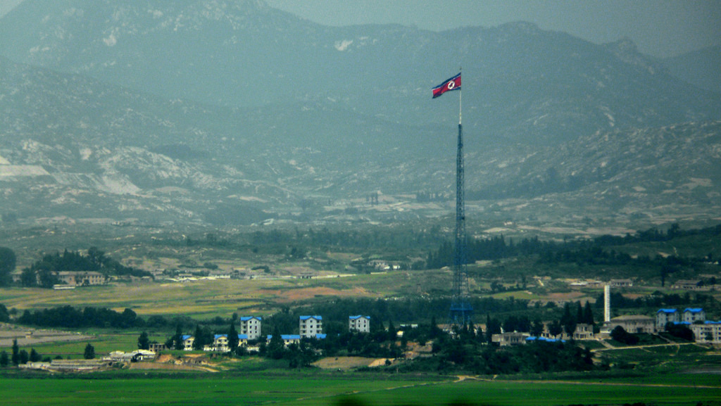 Looking towards North Korea from DMZ (Image courtesy of Kimmo Räisänen/Flickr)