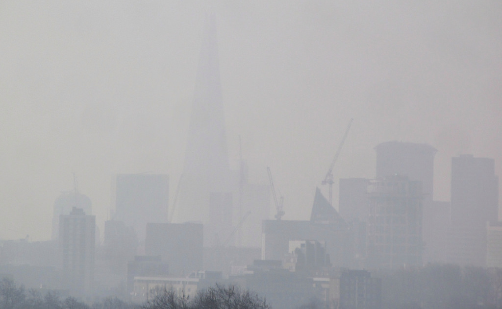 London Air Pollution View from Hackney April 10, 2015 (Image courtesy of David Holt London/Flickr)