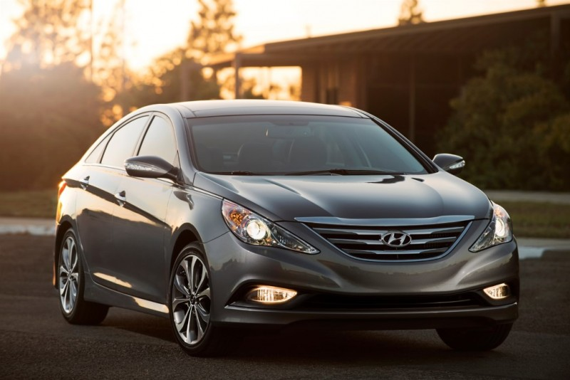 Hyundai Motor Recalls 1M Sonata Due to Seatbelt Defect