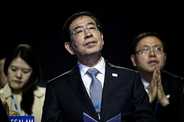 "In an interview with Yonhap news, the mayor of Seoul said, ""When a country goes through politically difficult times, violence or terrorism comes to the surface at protests, however that was not the case this time here in Korea. (Image: COP PARIS from Flickr)"
