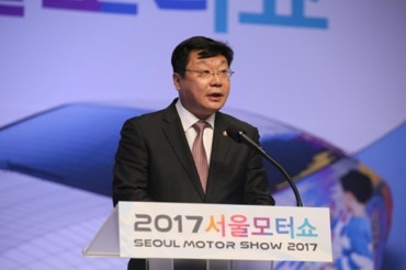 Seoul Motor Show Kicks Off With Focus On New Cars, Future Technologies