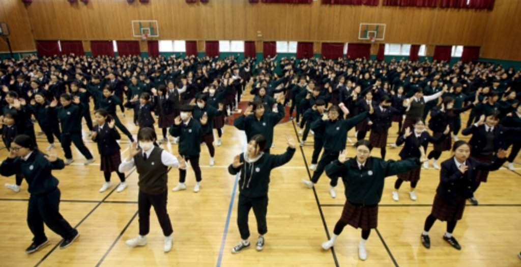 """""""Learning aerobics at first was a little awkward but it gradually became fun. Meals taste better after working out,"""" said Kang Ji-won, who is in her first year of high school. (image: Yonhap)"""