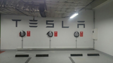 Tesla Destination Chargers Installed at Shinsegae Outlets