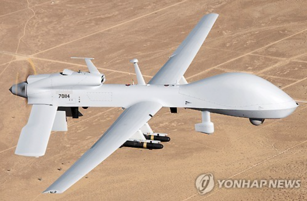 The Grey Eagle Unmanned Aircraft System is capable of carrying four AGM-114 Hellfire air-to-surface missiles and four GPS-aided GBU-44/B Viper Strike glide bombs. (image: Yonhap)