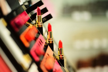 Cosmetics Exports Continue to Surge