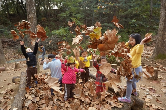 "One official from the Seoul Metropolitan Government said, ""Most parents and kindergarten teachers share the opinion that there is lack of opportunity for children to experience nature in Seoul. (Image: the Seoul Government)"