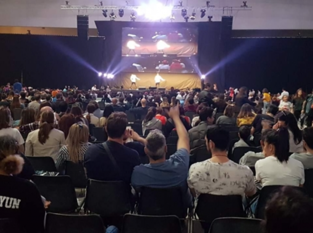 """Dubbed the """"K-pop Contest Italia Special Romics,"""" the event was the third of its kind hosted jointly by Romics and the local Korean Culture Center (Instituto Culturale Coreano). (image: Korean Culture Center)"""