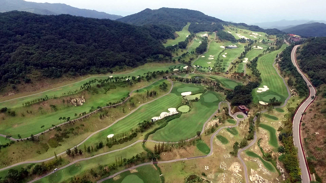 Seoul and Washington have been negotiating the use of a golf course in the southeastern county of Seongju for the deployment led by the United States Forces Korea. (image: Yonhap)