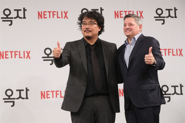 Director Bong Joon-ho and Ted Sarandos, chief content officer of Netflix. (image: Yonhap)