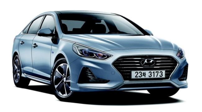 Hyundai Launches Hybrid Version of Latest Sonata