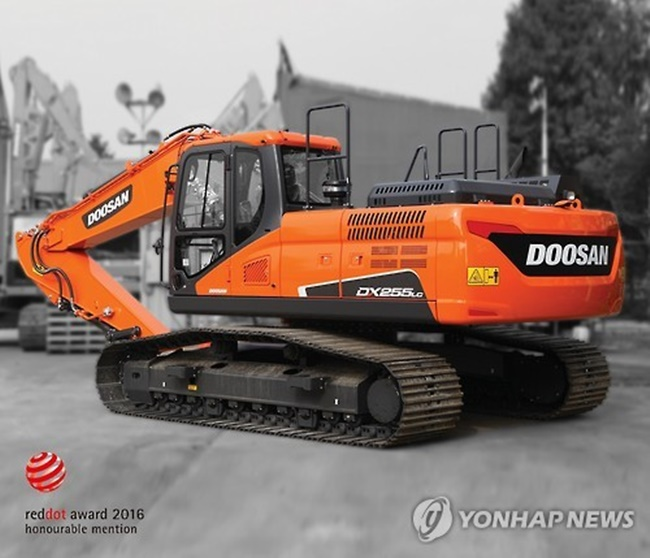 Last month, Hyundai Construction Equipment Co., an affiliate of South Korean shipbuilder Hyundai Heavy Industries Co., sold some 370 excavators in China to secure a 2.7 percent market share, the data showed. (Image: Yonhap)