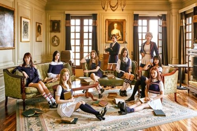 TWICE Surpassed One Million Album Sales