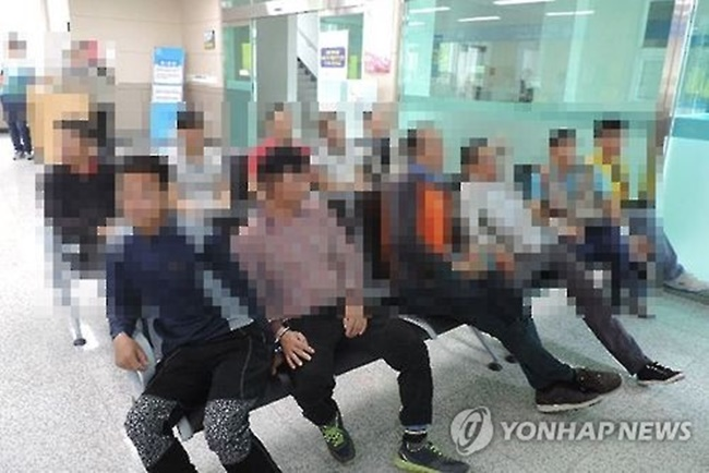 According to the Korea Immigration Service, the number of foreign nationals currently residing in South Korea without a valid visa has been increasing for the past four months, with the latest figure estimated at 220,510, accounting for nearly 11 percent of all foreigners in the country. (Image: Yonhap)