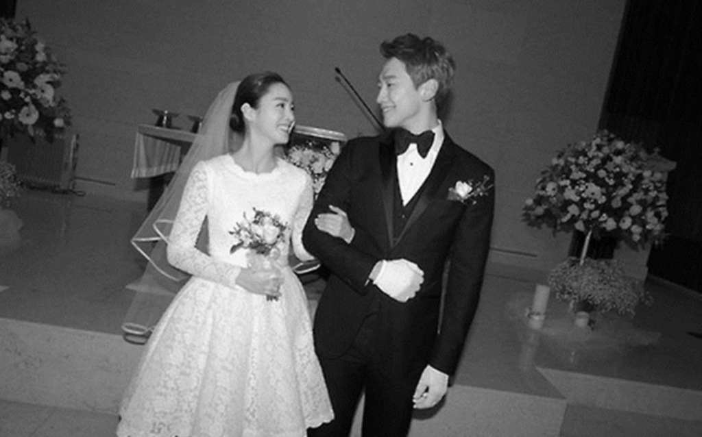 Actress Kim Tae-hee and singer Rain. (image: Rain Company)