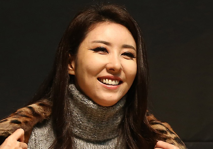 "Former sexy dance icon Kim Wan-sun also released her new song ""It's You,"" within a new three-CD compilation album of her past hit catalogue in mid-April. (image: Yonhap)"