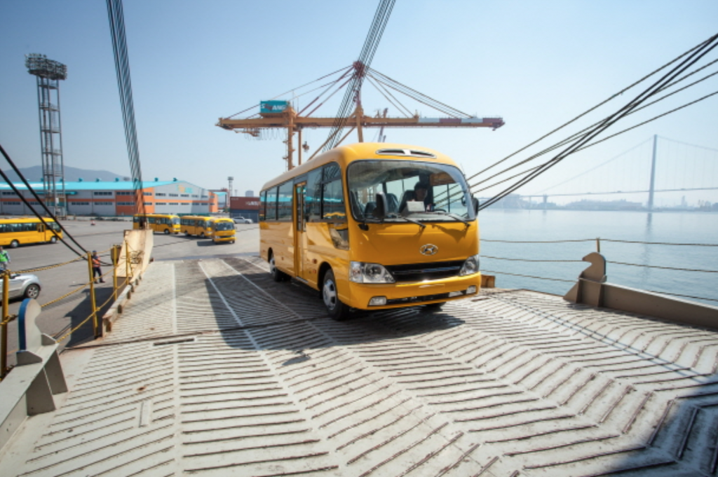 The school buses will be used to ferry students attending public schools. (image: POSCO Daewoo)
