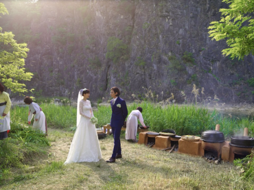 More Korean Celebrities Opting for Small, Private, Secret Weddings