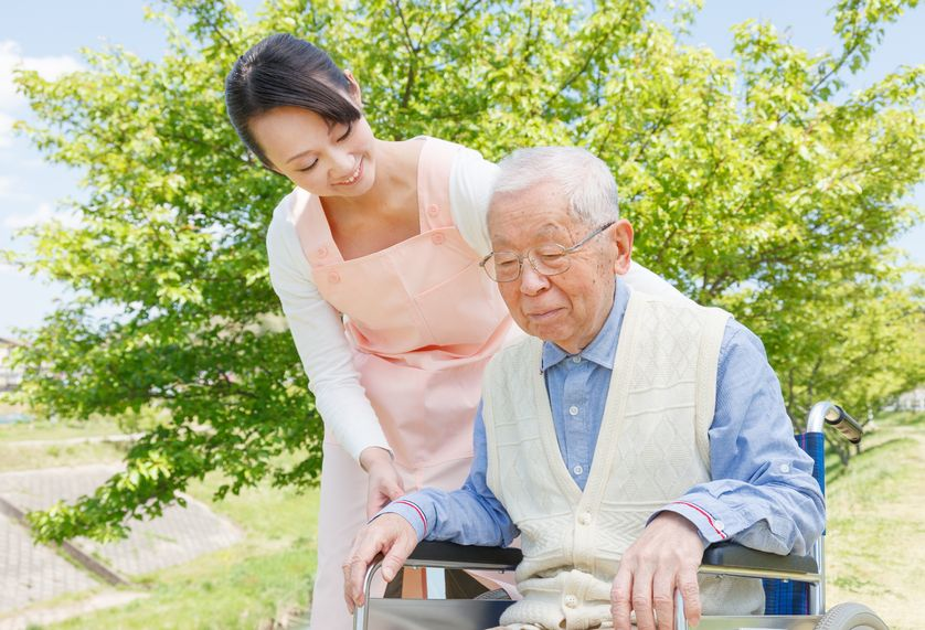 Despite the South Korean government's national health insurance reform, which will cover palliative care for an extended number of terminally ill patients from August, many fear the lack of hospice care infrastructure in the country will not live up to the expectations of 'dying well'. (Image: Kobiz Media)