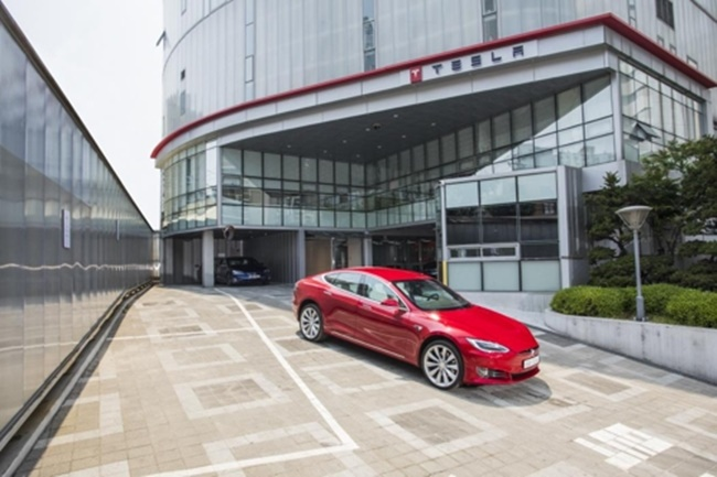 Tesla Launches Buyer-Exclusive Event in South Korea