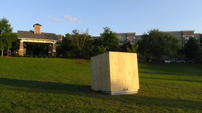 As the city prepares to welcome the statue, which now rests in the city park covered in a box awaiting an unveiling ceremony scheduled for the 29th this month, reports of growing opposition from Japan have emerged, with the latest example being Takashi Shinozuka, the consul general of Japan in Atlanta, contacting the mayor of Brookhaven and city officials to protest the city's decision to install the statue. (Image: News&Post)