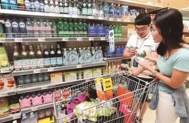 Sales of Bottled Water Surge 16 pct in 2016