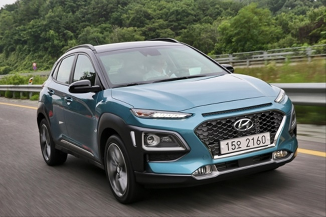 In this photo taken on July 11, 2017, and provided by Hyundai Motor Co., its compact SUV Kona runs the motorway near Seoul in a media test-drive event. (Image: Hyundai Motors)