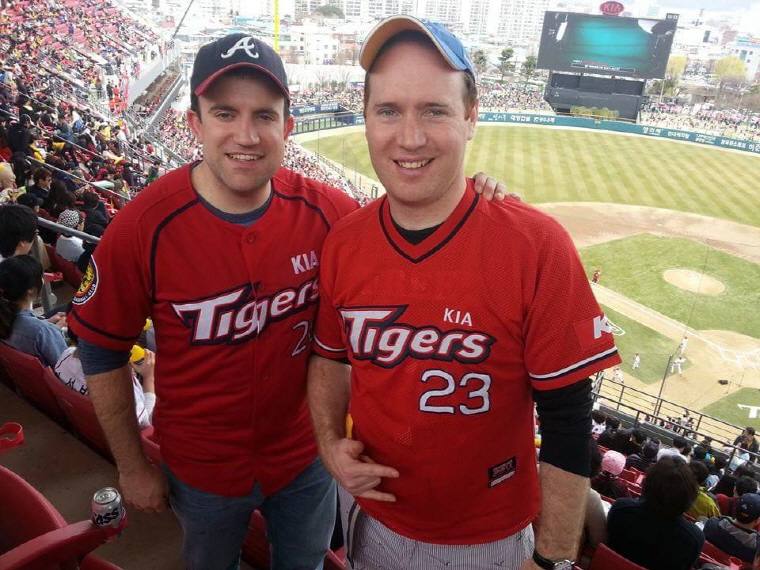 Brian Richards (L) and Andrew Farrell pose for a picture during a KBO game at Gwangju-Kia Champions Field in Gwangju. (image: Andrew Farrell)