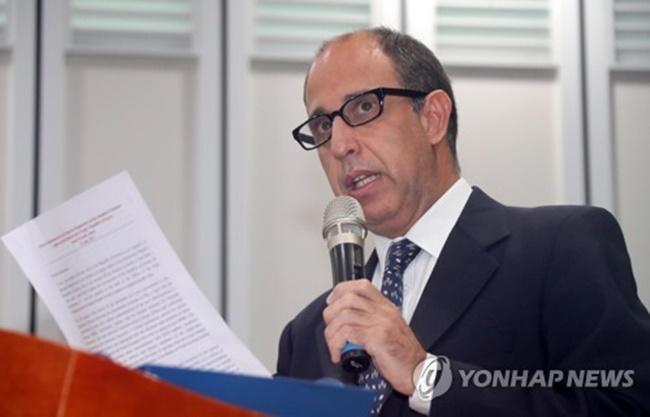Special Rapporteur Tomas Ojea Quintana still emphasized that at the center of the rapprochement drive should be efforts to protect human rights of many North Koreans faced with continued violations that severely affect their lives. (Image: Yonhap)