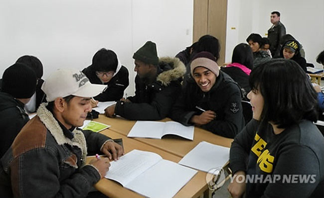 The Ministry of Justice announced plans on Wednesday to trial a point-based skilled migration system beginning next month in a bid to address the growing visa issues facing employers and migrant workers. (Image: Yonhap)