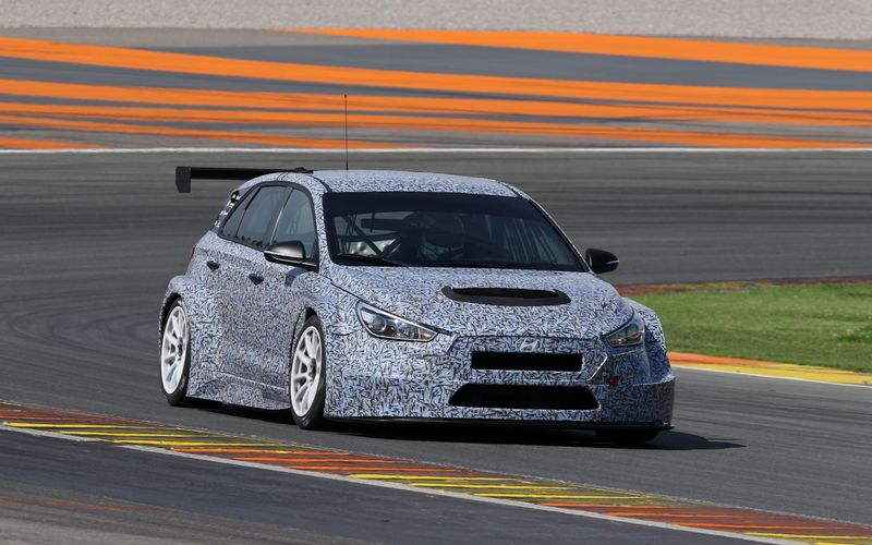 Hyundai to Begin Sale of Racing Cars Later This Year