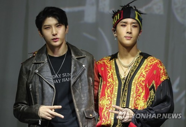 """We were asked a lot on when LR would return. We've worked hard, living up to the anticipation of fans who have waited a lot. I hope we're received well,"" member Leo told reporters on Monday at a media showcase held at Platoon Kunsthalle studio in southern Seoul. (Image: Yonhap)"