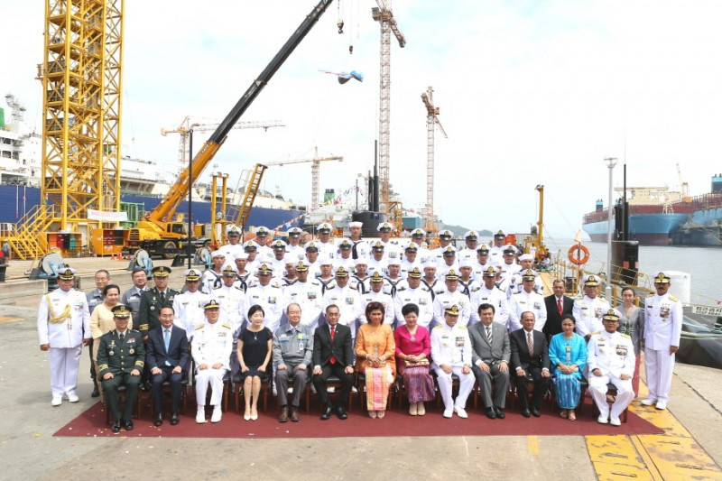 Daewoo Shipbuilding Hands Over Submarine to Indonesian Navy