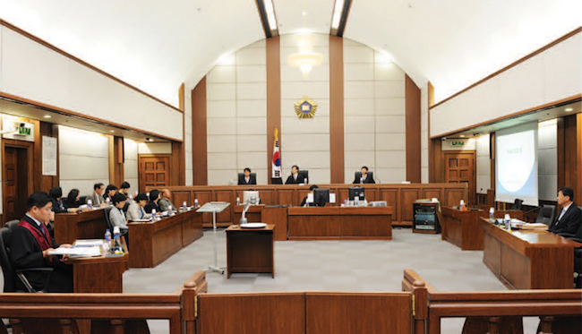 According to Kia, if such a ruling were to be handed down, it will be on the hook for 3 trillion won to be paid out to employees, which would leave the company in an unenviable financial position. (Image: Court of Korea)