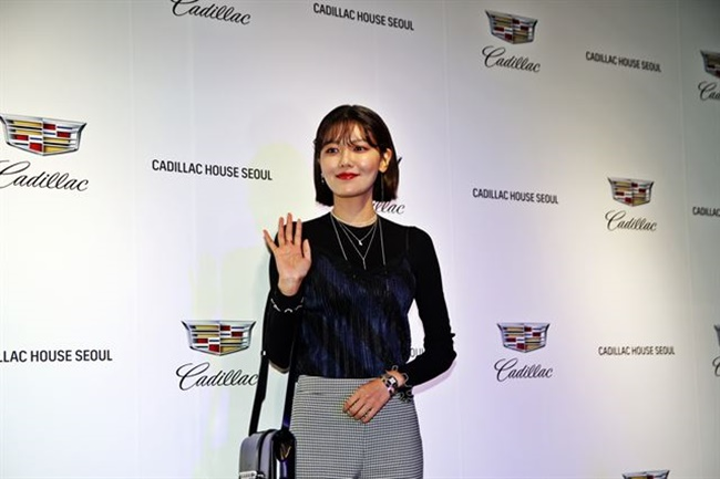 Along with sport utility vehicles and crossovers such as the Cadillac Escalade, CT6 and XT5, pictures of celebrities including Girl's Generation member Choi Soo-young and actor Daniel Henry promoting the brand will be on display during the event which is scheduled to be held until September 17. (Image: GM Korea)