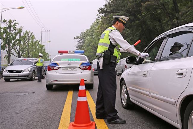 Gyeonggi Police Institute 24-Hour Field Sobriety Inspections to Counter Drunk Driving Accidents